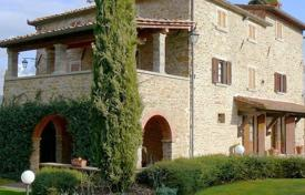 5 bedroom apartments for sale in Tuscany. Apartment – Arezzo, Tuscany, Italy