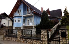 6 bedroom houses for sale in Lake Balaton. Townhome – Heviz, Zala, Hungary
