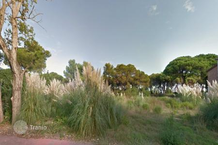 Coastal land for sale in Spain. Building plot on sale in the residential area of gava Mar in the premises of Barcelona