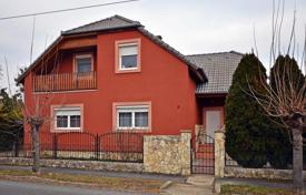 Houses for sale in Zala. Well-maintained detached house in Keszthely