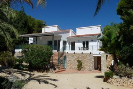 Luxury chalets for sale in L'Alfàs del Pi. Chalet – L'Alfàs del Pi, Valencia, Spain