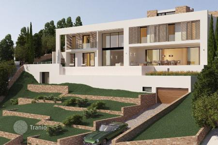 6 bedroom houses for sale in Camp de Mar. Villa – Camp de Mar, Balearic Islands, Spain