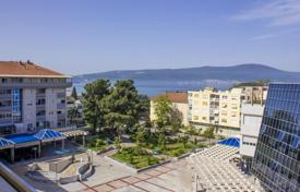 Apartments with pools for sale in Tivat. Fabulous apartment in the center of Tivat