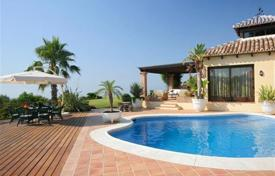 3 bedroom houses for sale in Benahavis. Renovated villa with sea and mountain views, a swimming pool, a garden and a parking, close to the beach, Benahavis, Spain