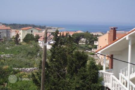 Houses for sale in Zadar County. House Beautiful house on island of Pag with sea view!