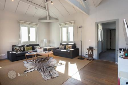 Residential for sale in Bilbao. Two-bedroom apartment with a large terrace in a modern residential complex, Albia, Bilbao, Spain