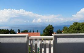 Cheap apartments for sale in Croatia. Apartment in Sutivan
