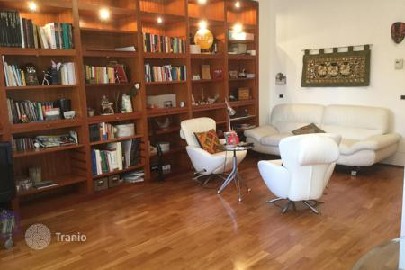 2 bedroom apartments for sale in Emilia-Romagna. Furnished apartment with personal parking lot, Rimini, Italy