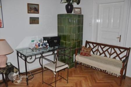 2 bedroom apartments for sale in Hungary. Comfortable furnished apartment in historic center of Budapest, Hungary