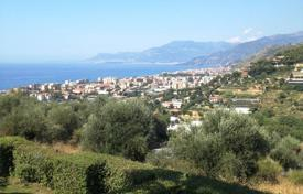 Apartments with pools for sale in Italy. Apartment – Bordighera, Liguria, Italy