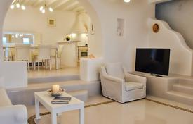 Property to rent in Mikonos. Detached house – Agios Ioannis Diakoftis, Mikonos, Aegean, Greece