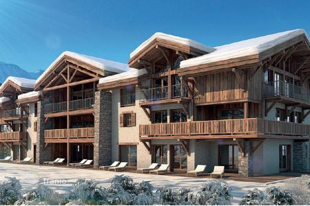 4 bedroom apartments for sale in Auvergne-Rhône-Alpes. Apartment – Courchevel, Auvergne-Rhône-Alpes, France