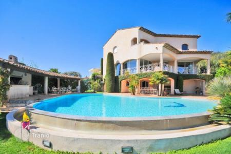 Luxury 5 bedroom houses for sale in Provence - Alpes - Cote d'Azur. Villa – Antibes, Côte d'Azur (French Riviera), France