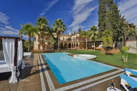 Coastal villas and houses for rent in Costa del Sol. Villa - Marbella, Andalusia, Spain