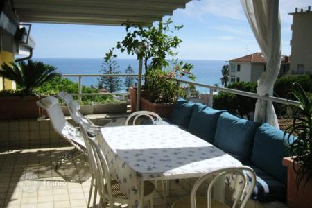 Apartments to rent in Italy. Apartment – Sanremo, Liguria, Italy