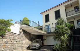 Houses for sale in Funchal. Four-bedroom house in Funchal