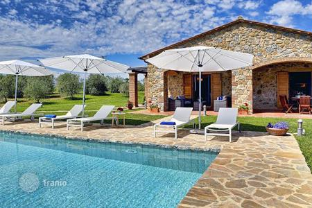 Luxury 6 bedroom houses for sale in Italy. Villa – Grosseto (city), Province of Grosseto, Tuscany, Italy