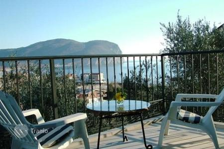4 bedroom houses by the sea for sale in Budva. House with terraces, near the forest, 200 meters from the sea, in the village of Buljarica, Budva. Land as a gift!
