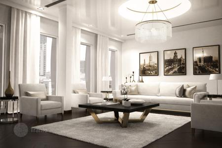 4 bedroom apartments for sale in Berlin. Spacious penthouse with three terraces in the center of Berlin, district Charlottenburg. The offer from the developer