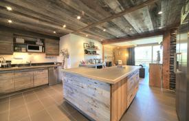 3 bedroom apartments for sale in Megeve. Apartment – Megeve, Auvergne-Rhône-Alpes, France