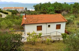 Coastal property for sale in Administration of Macedonia and Thrace. Detached house – Administration of Macedonia and Thrace, Greece