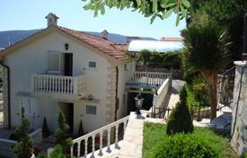 3 bedroom houses for sale in Herceg-Novi. Villa – Herceg Novi (city), Herceg-Novi, Montenegro