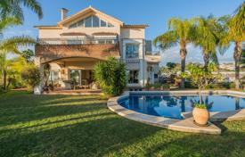 Luxury houses with pools for sale in Costa del Sol. Magnificent Mediterranean Luxury Villa, Los Arqueros, Benahavis
