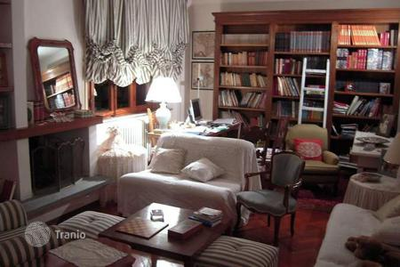 4 bedroom houses for sale in Lucca. Villa – Lucca, Tuscany, Italy