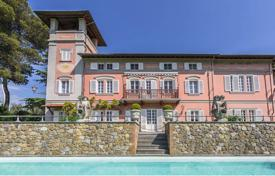 Elegant historical villa of the XVII century with a spacious park in the immediate vicinity of Pisa, Italy for 4,800,000 €