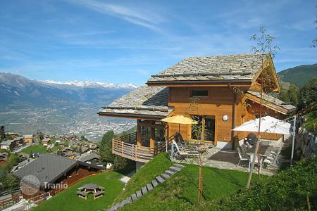 5 bedroom villas and houses to rent in Switzerland. Detached house – Nendaz, Valais, Switzerland