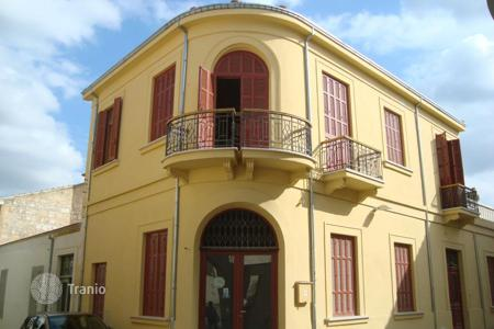 Offices for sale in Nicosia. 322m² Office in Nicosia Centre