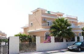 Cheap houses for sale in Formentera del Segura. Villa – Formentera del Segura, Valencia, Spain