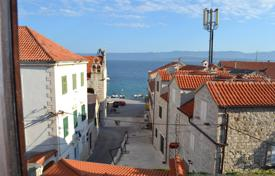 Property for sale in Bol. Furnished apartment with a patio and a sea view, Bol, Croatia