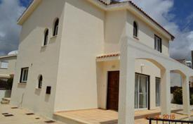 2 bedroom houses for sale in Paphos. Detached 2 Bedroom Villa with Title Deeds — Peyia