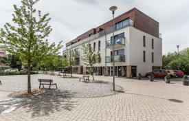 1 bedroom apartments for sale in Central Bohemia. Apartment – Statenice, Central Bohemia, Czech Republic