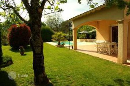 Villas and houses to rent in Bergerac. Villa – Bergerac, Aquitaine, France