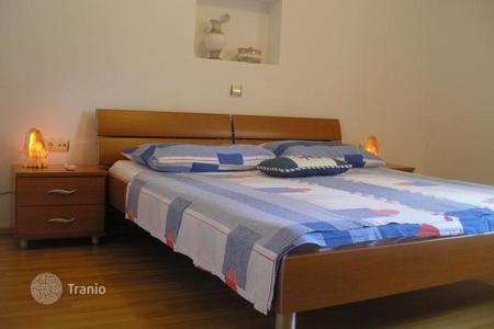 Commercial property for sale in Trogir. Pension Villa right at the shore