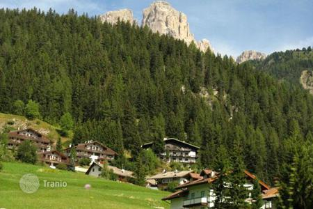 Commercial property for sale in Italian Alps. Apartment building – Canazei, Trentino — Alto Adige, Italy