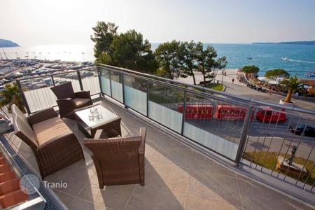Coastal apartments for sale in Obalno-Cabinet. Penthouse – Koper, Obalno-Cabinet, Slovenia