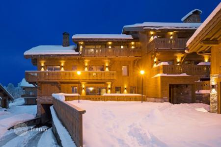3 bedroom apartments for sale in Auvergne-Rhône-Alpes. Apartment – Meribel, Auvergne-Rhône-Alpes, France