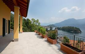 Bank repossessions houses in Lake Como. Luxurious villa with panoramic views and huge terrace!