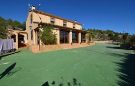 3 bedroom houses for sale in Benissa. Partially furnished villa with a large plot in Benissa, Alicante, Spain
