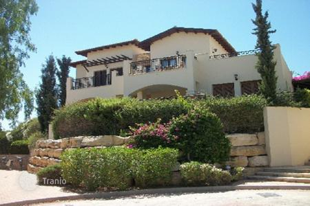 Apartments with pools for sale in Kouklia. Three Bedroom Apartment in Aphrodite Hills, Paphos