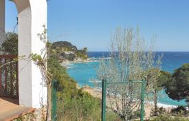 Coastal villas and houses for sale in Catalonia. Villa – Tossa de Mar, Catalonia, Spain