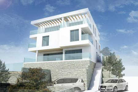 3 bedroom apartments by the sea for sale in Split-Dalmatia County. Duplex apartment in new residential complex next to the sea on the island of Ciovo, Okrug Gornji