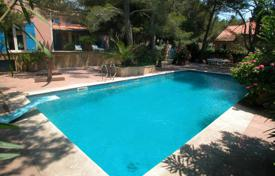 Property to rent in Martigues. Villa – Martigues, Bouches-du-Rhône, Provence — Alpes — Cote d'Azur, France