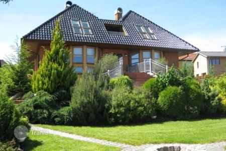 Houses for sale in Central Bohemia. Modern villa with a quality repair, an indoor pool and a gym, in the suburbs of Prague, Lety u Dobřichovic, Czech Republic