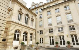 1 bedroom apartments for sale in Ile-de-France. Paris 3rd District – A bright and peaceful pied a terre