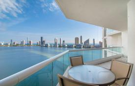 Stylish furnished apartment on the first line from the ocean in Aventura, Florida, USA for $1,925,000