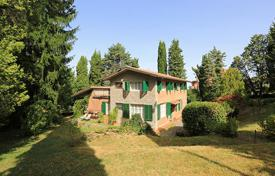 Houses for sale in Umbria. VILLA FOR SALE IN UMBRIA, CITTÀ DELLA PIEVE